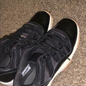 Jordan 11 retro lows